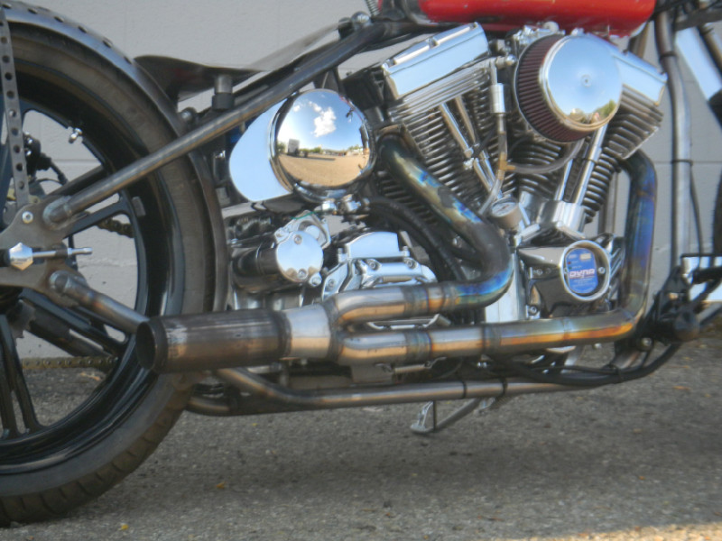 CUSTOM MOTORCYCLE 2:1 EXHAUST - TODD APPLE