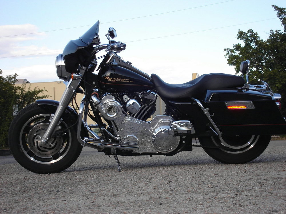 1999 HARLEY DAVIDSON FLHR WITH SUPER CHARGER - 110 HP WITH 126 FOOT POUNDS OF TORQUE.