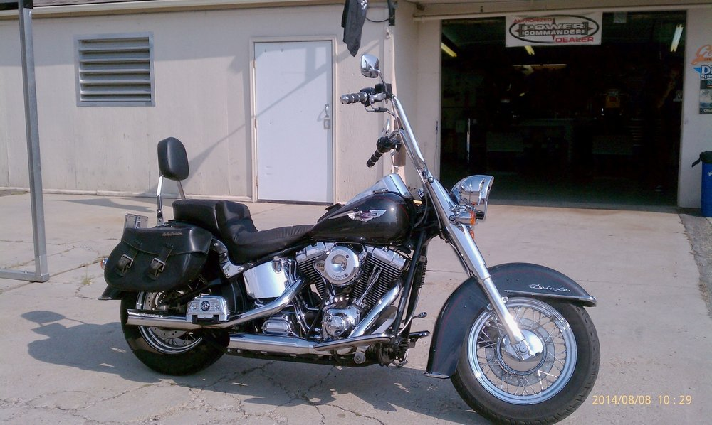 BILLS 2005 HARLEY SOFTAIL DELUXE