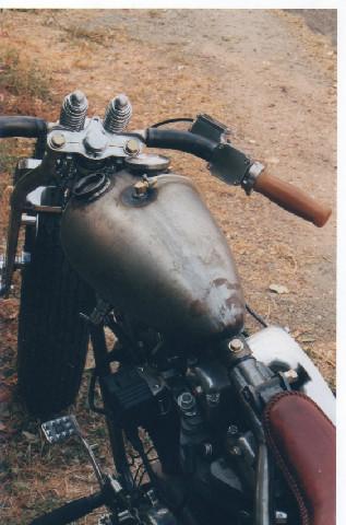 HarleyShovelheadBobber (4).jpg