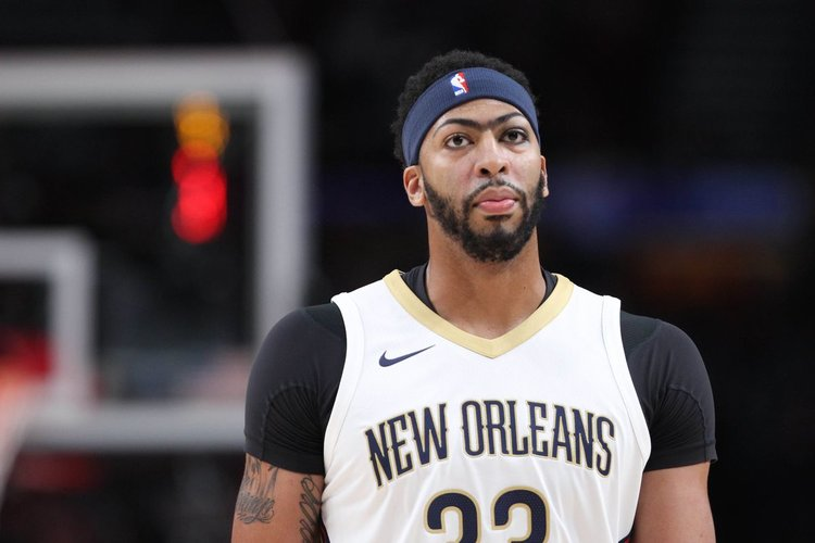 04f23f130 BREAKING  Anthony Davis Requests Trade — SOT6