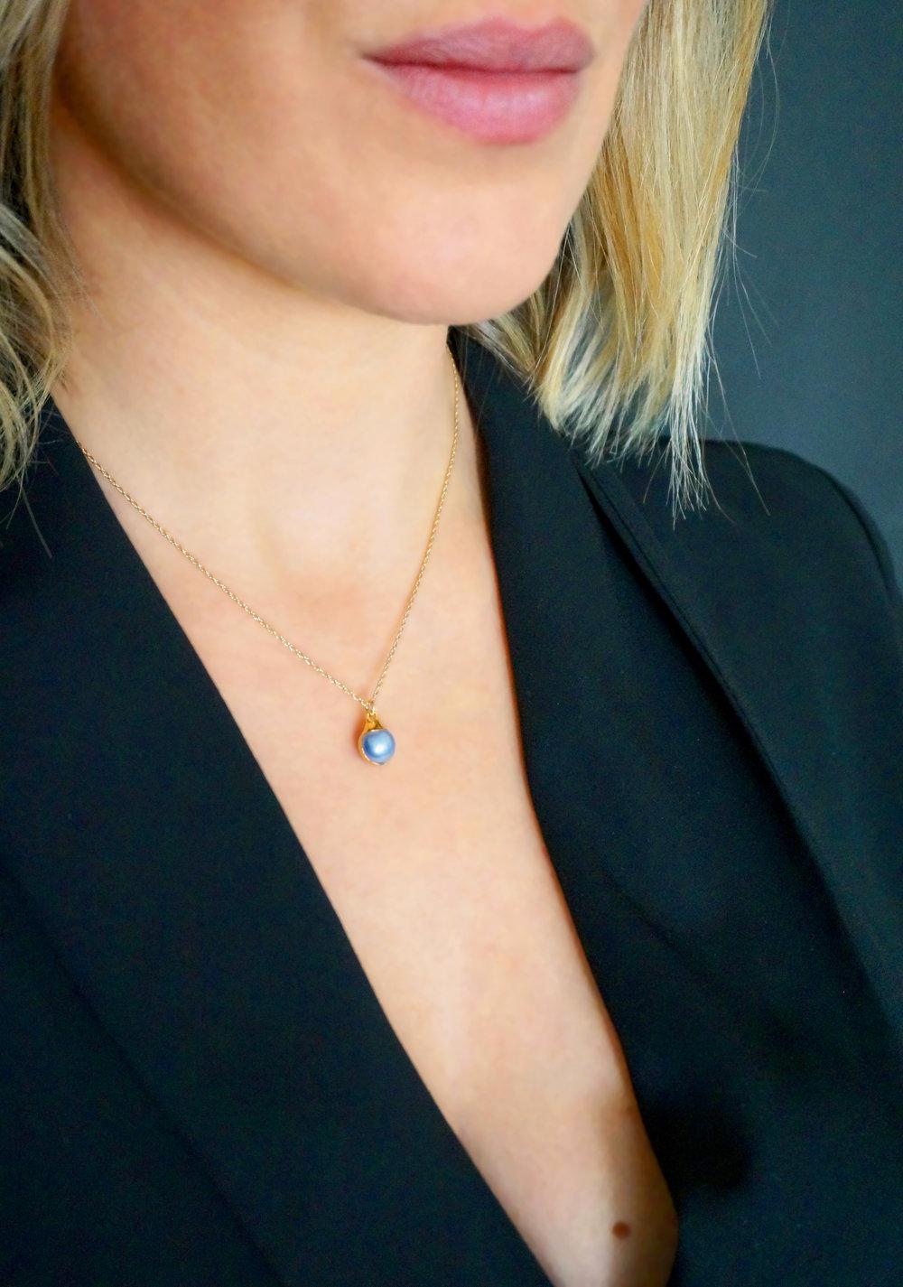 Miro Larapinta SMALL BLUE PEARL.jpg