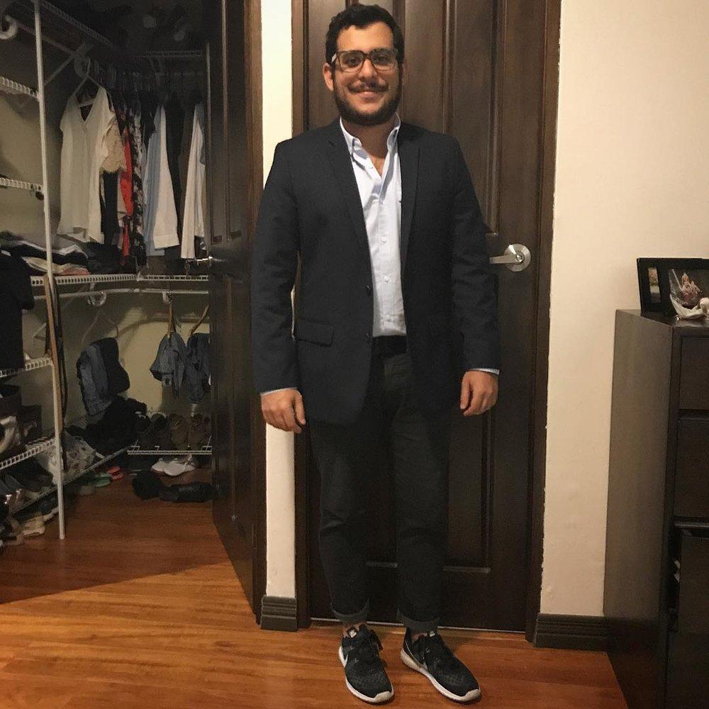 Lo tuanis de ser bajito es que todavía me queda el saco de la primer comunión. Siempre guapo. #quebonitoseryo #fashionista #racha #fashionblogger