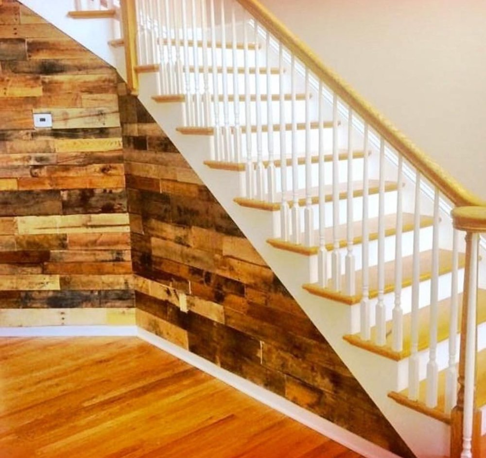 Reclaimed wood corner accent wall