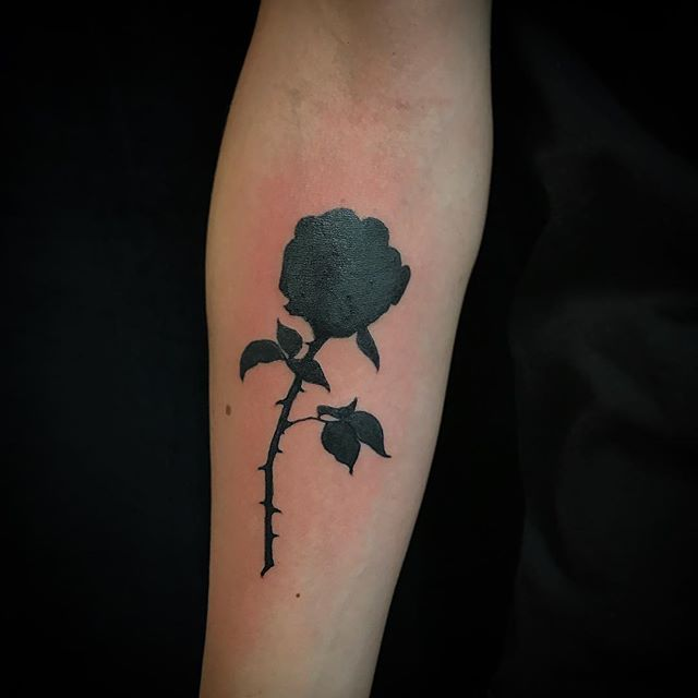 Murdered out rose. #coverup