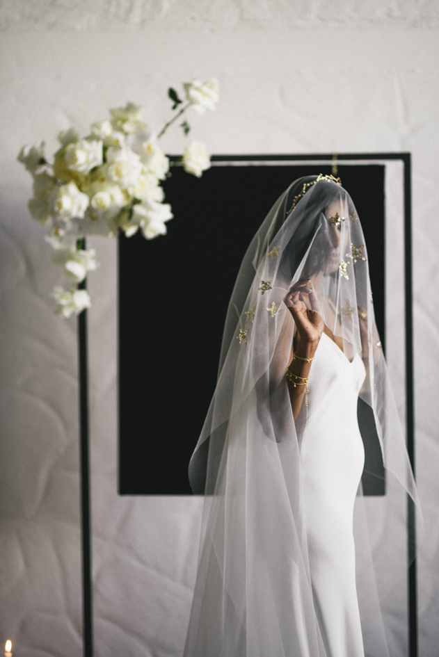 harriette-gordon-jessica-leebold-editorial-star-veil-ritual-bride