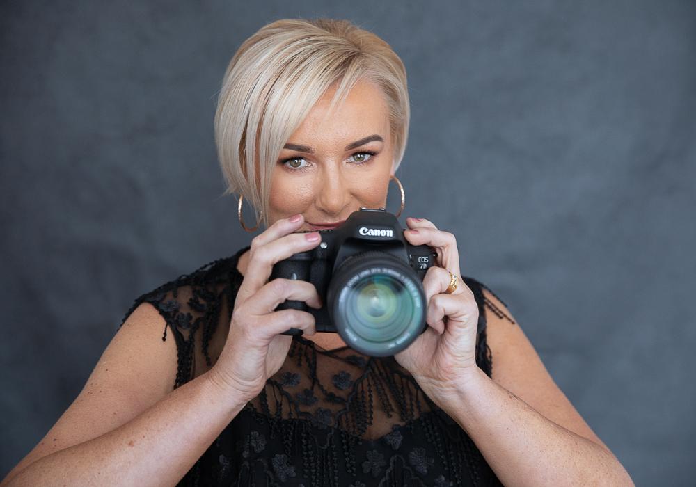 Julie-Livesly_10-11-18_web_Amelia-McLeod-Photography-22.jpg