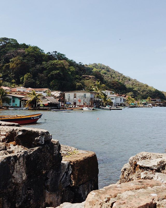 Portobelo, Colón. This small fishing village reminded me so much of some parts of Melaka. It was really quaint and so rich in history, with ruins pocketing the town.  Fun fact, I saw both the Caribbean Sea and the Pacific Ocean that day.