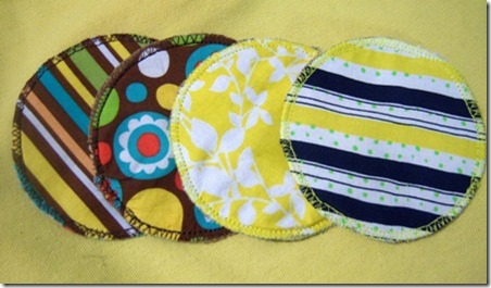 DIY-reusable-nursing-pad-tutorial