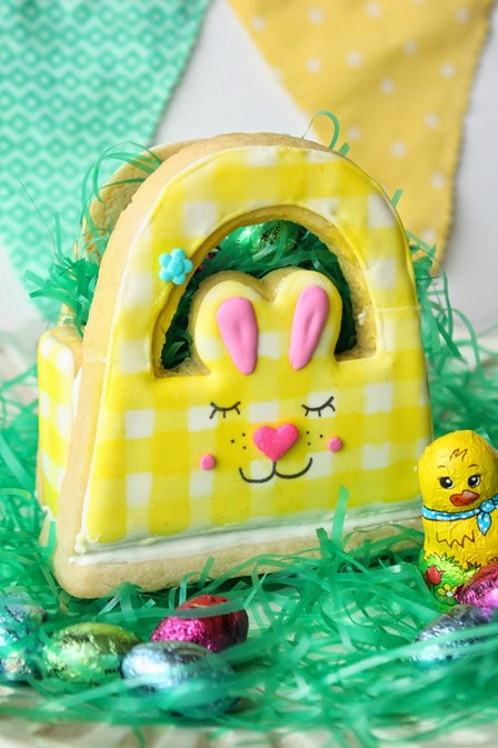 3D Bunny Basket Cookie for Easter from Munchkin Munchies