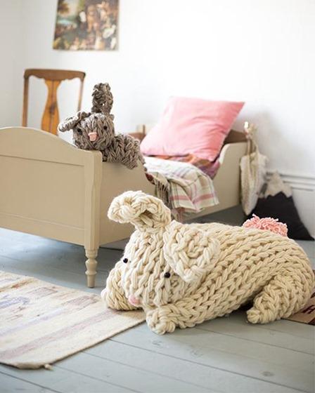 甜保罗的巨型手臂编织兔子