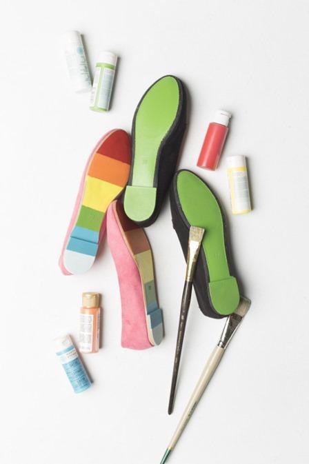 拉斯建造的房子里的圣帕特里克节彩绘鞋