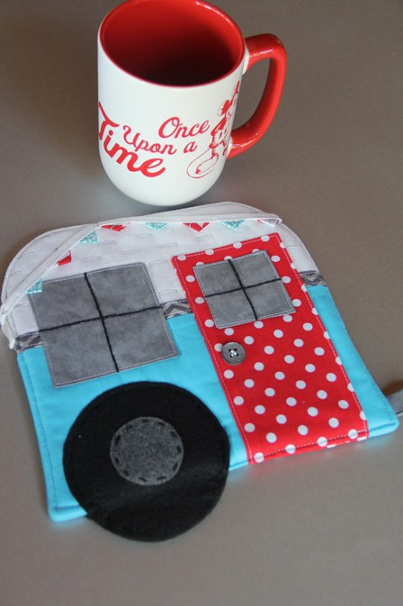 Vintage Camper Hot Pad from Crafty Staci