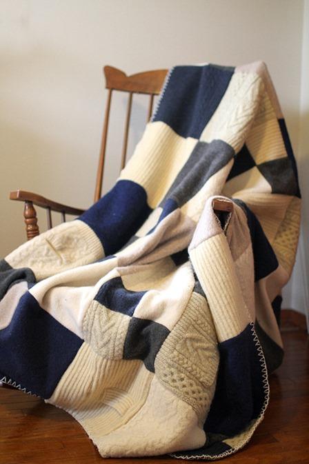 黄色手提箱工作室的毡制羊毛毛衣毯子