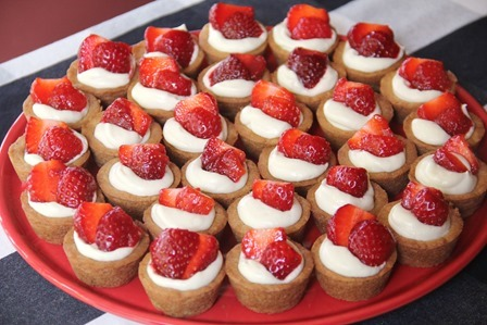 Strawberry Cheesecake Bites on Crafty Staci