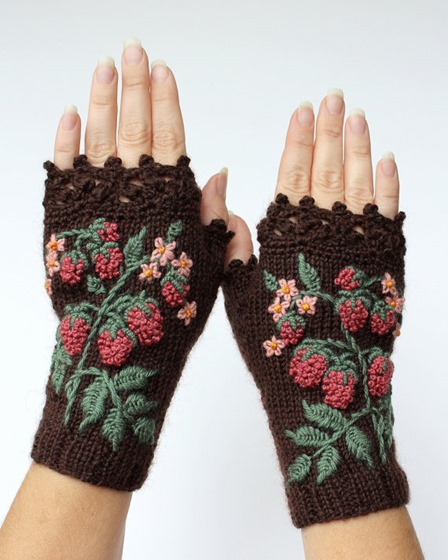 Knitted Fingerless Raspberry Gloves from nbGlovesAndMittens on Etsy