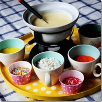 Cupcake Fondue from Pint Size Social
