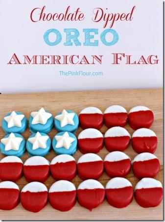 巧克力蘸粉红色面粉制成的奥利奥美国国旗
