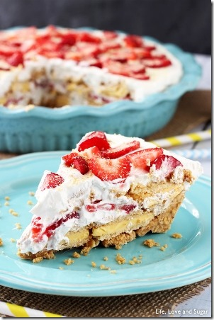 No Bake Strawberry Lemon Cookie Pie by Life Love and Sugar