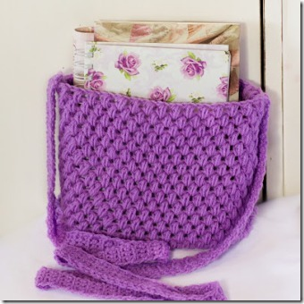 Easy Crochet Tote from Hopeful Honey