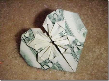 Dollar-Bill-Origami-Heart