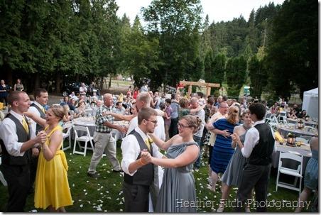 丹尼斯·马塞利诺(Dennis Marcellino)的每个人都在跳舞!