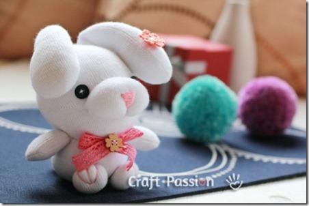sock-bunny-droop-ear-2