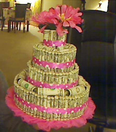 Heathers Hobby上的Dollar Bill Cake