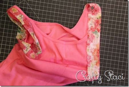 Adding Floral Trim to a Basic Tank - Crafty Staci 4