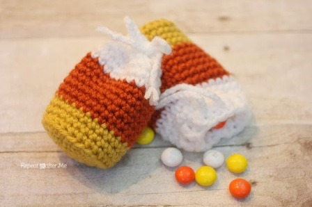 Crochet Candy Corn Pouch from Repeat Crafter Me