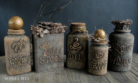 Glue Gun Apothecary Jars from Magia Mia