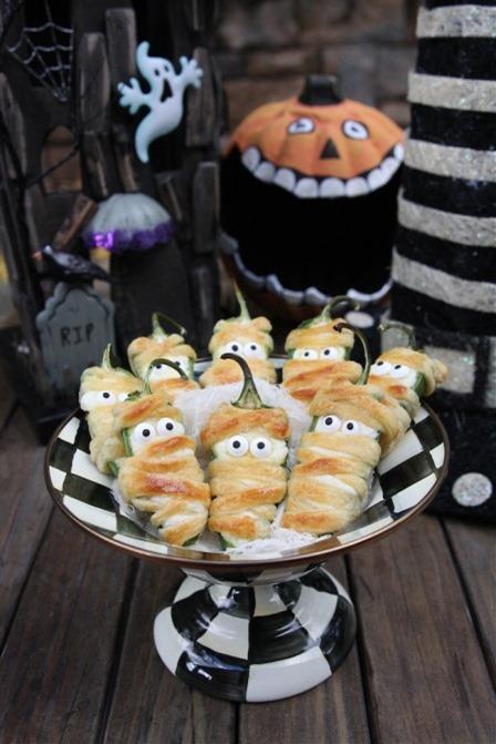 绝望的家庭主妇的Halloweeno Jalapeno Popper木乃伊