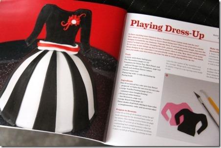 从Crafty Staci的《纸杯探球网羡慕书评》中扮演装扮