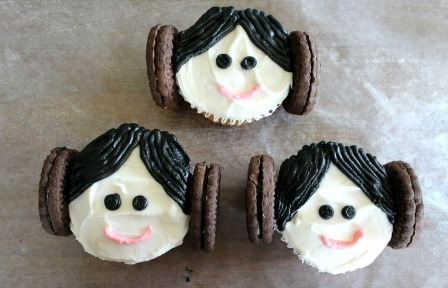 Princess Leia Cupcakes from Totally the Bomb
