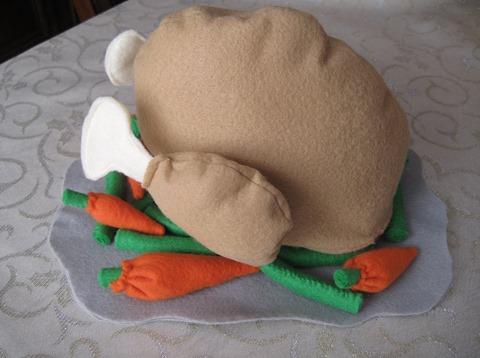 豌豆和胡萝卜捣碎的感恩节晚餐小子风格