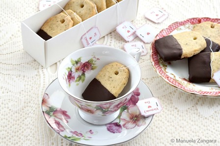 Earl Grey and Chocolate Shortbread Teabag Cookies from Manus Menu