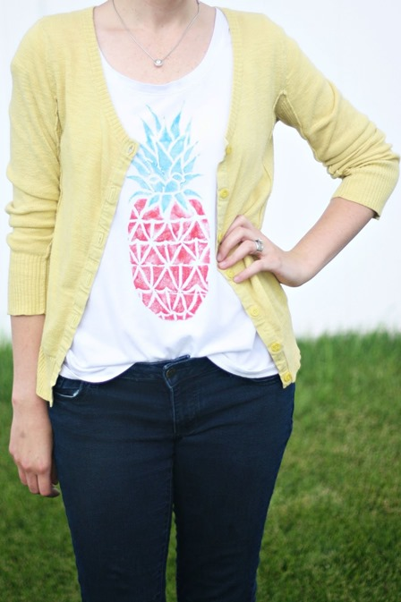 Takeout Box Stamped Pineapple Tee from Pretty Life Girls