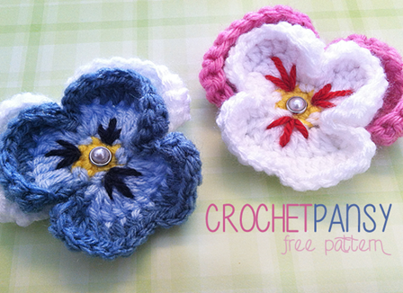 Crochet Pansy from Little Monkeys Crochet