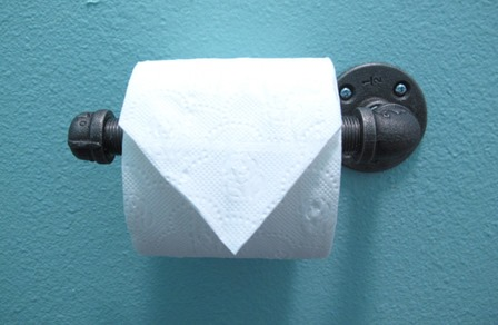 手术室的工业管道厕纸架