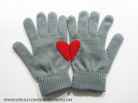 Valentine Gloves from Spiral Flower