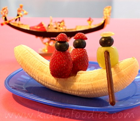 Banana Gondola from Kiddie Foodies
