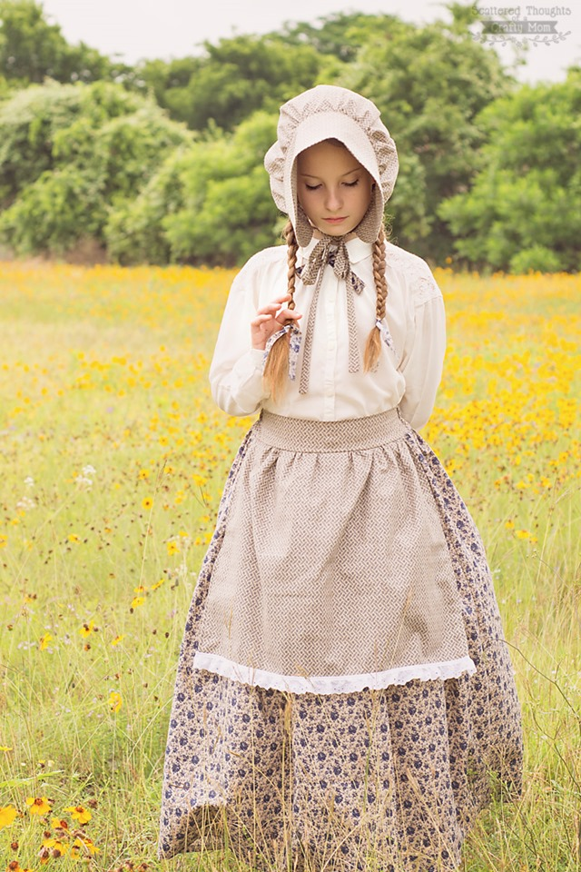 Little House on the Prairie Costume from Scattered Thoughts of a Crafty Mom