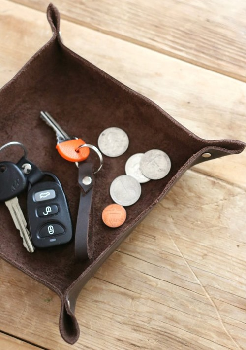 Leather Catch-all Tray from eHow