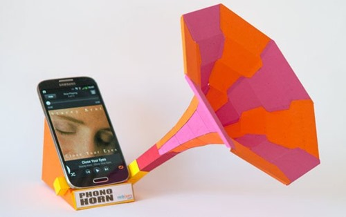 Smart Phone Phono Horn from robives on Instructables