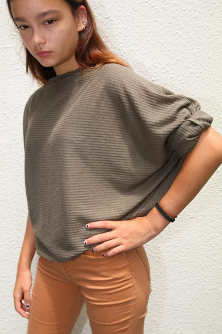 Simple Boatneck Top from So Sew Easy