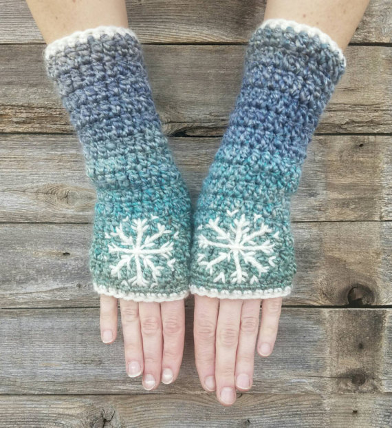 Fingerless Snowflake Gloves from LoveFuzz
