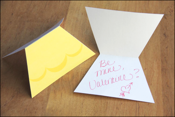 Inside of Disney Princess Valentine Cards
