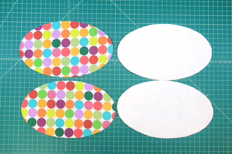 Cut out fabric and batting for mug mat