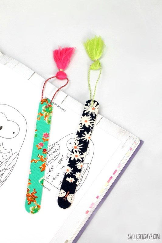 No Sew Fabric Bookmark from Swoodson Says
