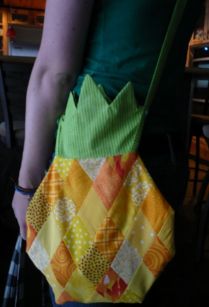 Pineapple Purse from Crafty Staci